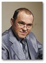 АХСЯНОВ Умар Усманович Генеральный директор Научно-Производственного Объединения «НИЗАР-М» Основатель и первый президент Российской парфюмерно-косметической ассоциации Кандидат медицинских наук